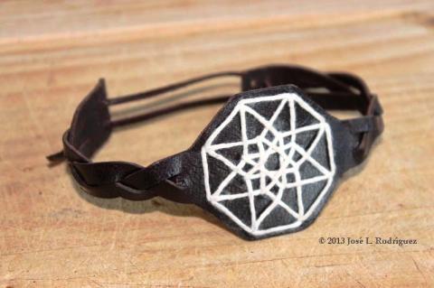 Bracelet. Hypercube.
